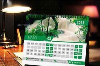 Desk Calendar 22870788 3